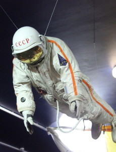 kosmomnauta czy astronauta